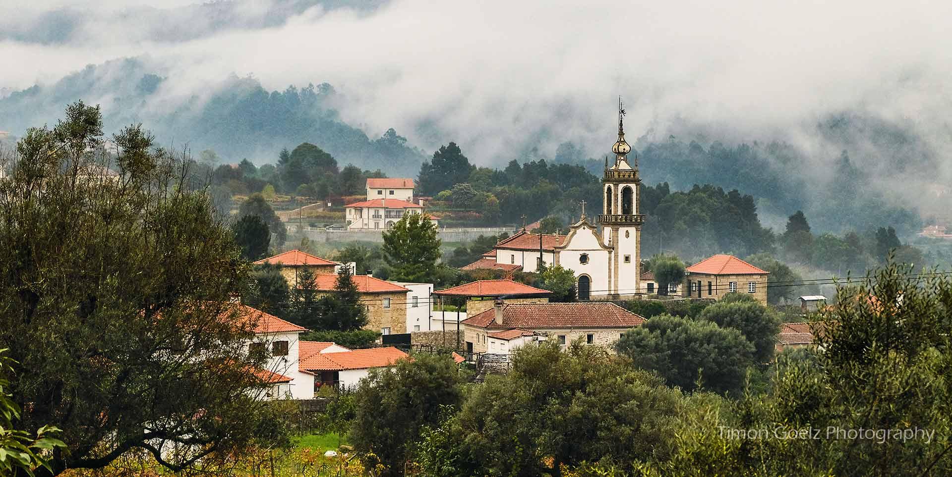 Labruja, Caminho Português